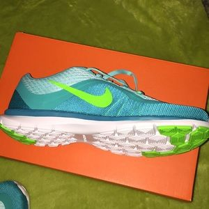 Nike Shoes - Nike flex trainer6! New in box! Size7!